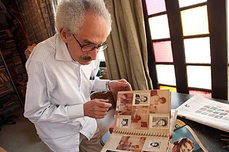 Sonallah Ibrahim in his home, June 2010 (Victoria Hazou). Image via arabist.net.